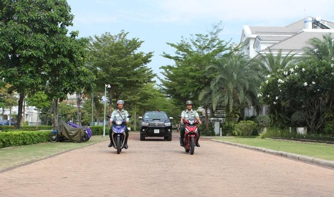 Bảo vệ Phú Mỹ Hưng tuần tra thường xuyên