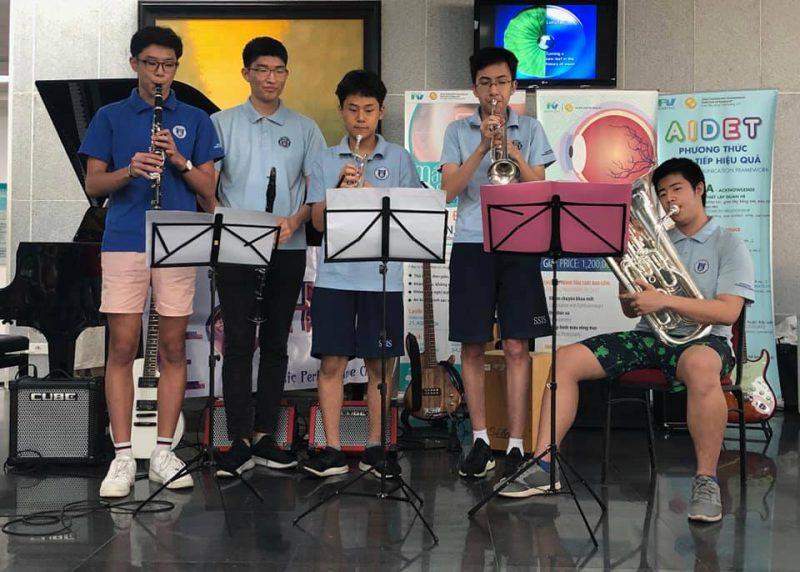 Học sinh trường Quốc tế Nam Sài Gòn (SSIS)
