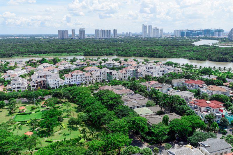 Cây xanh tại Phú Mỹ Hưng đã thành hình, phủ tán rộng rãi
